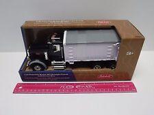 Peterbilt Model 367 Straight Truck w/ Grain Box Ertl 1/32 Big Farm Toy