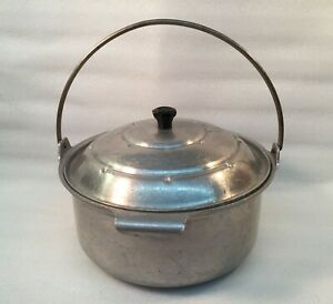 Vintage-ARROW-Deluxe-Ware-Aluminum-Stock-Pot-w-Lid-amp-Trivet-amp-Handle