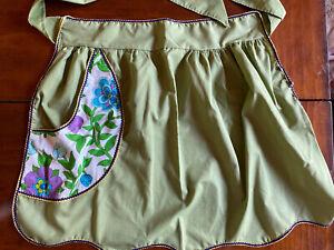 pockets Vintage cotton half apron green plaid
