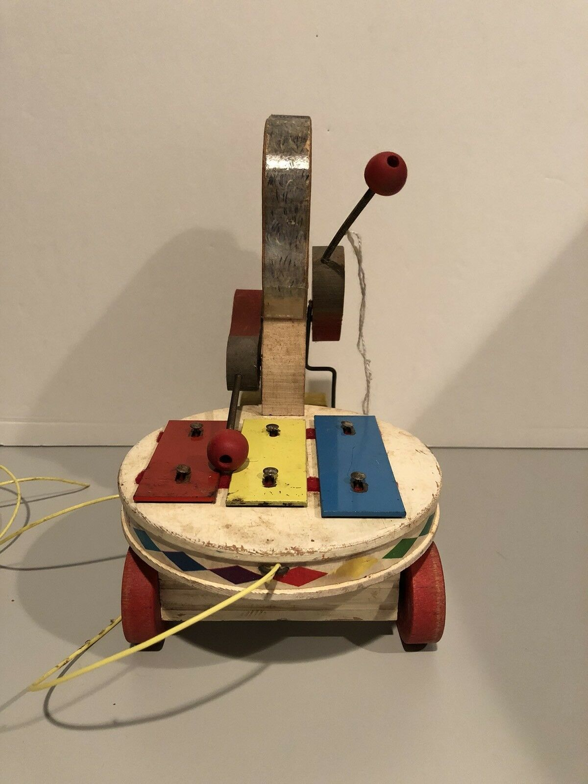 Vintage Fisher Fisher Fisher Price 739 Poodle Zilo 1962 Pull Toy Dog and Xylophone faeb72