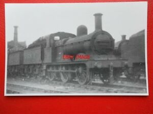 PHOTO-LMS-JOHNSON-CLASS-2F-0-6-0-LOCO-NO-58207-AT-DERBY-9-55