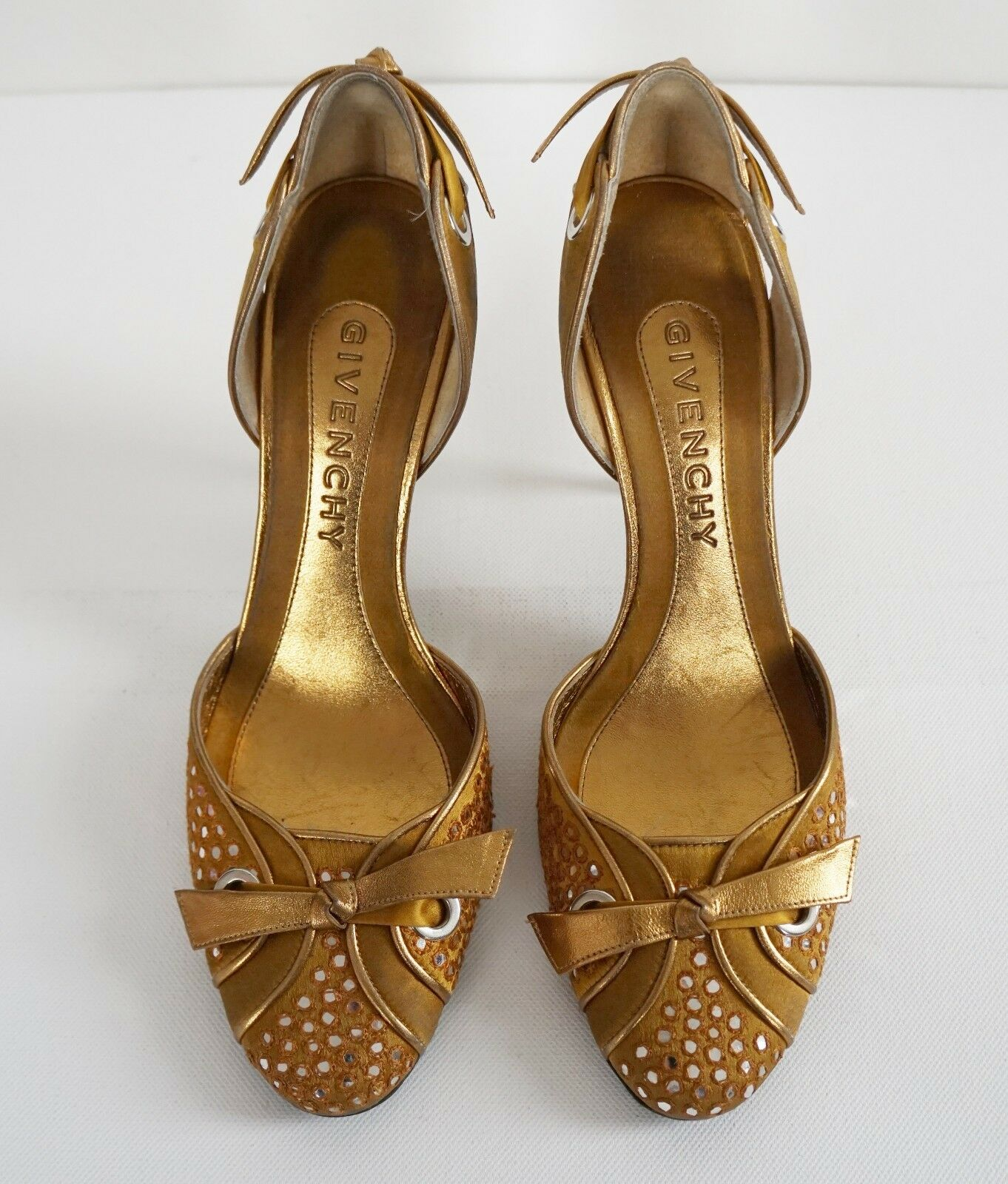 579 Authentic GIVENCHY Gold Satin Leather Heels Pumps EU-38 US-8