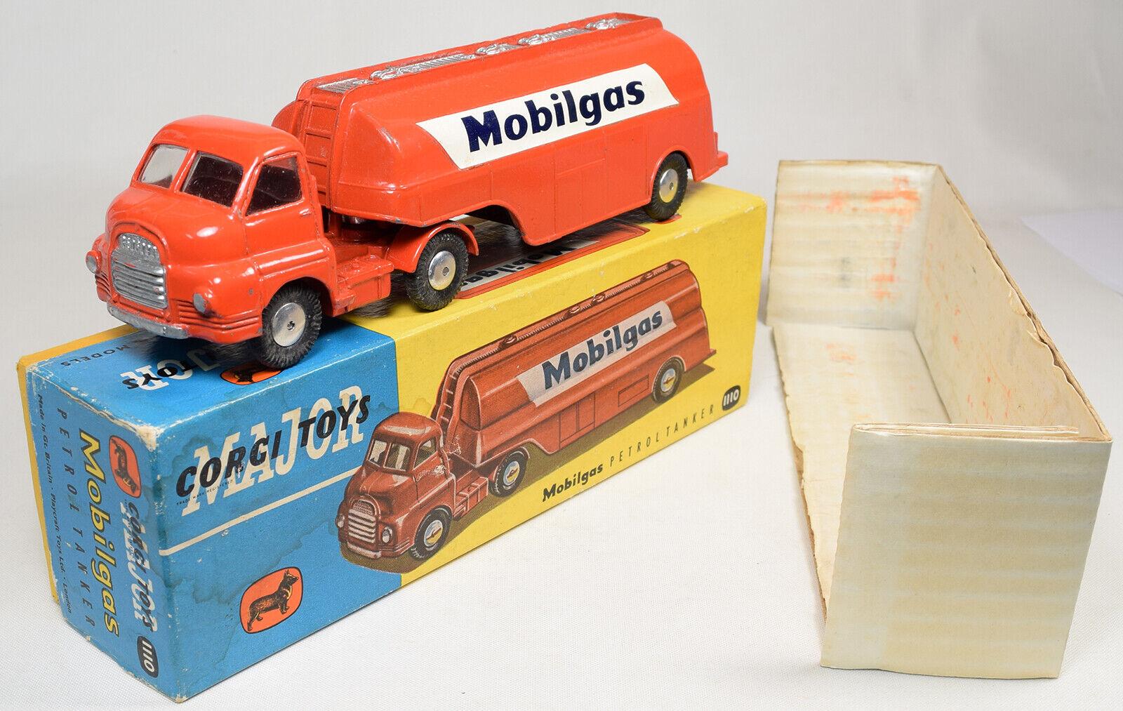 1959 CORGI  1110 MOBILGAS BEDFORD S TANKER EXC W  VG+ CARDED BOX-A SCARCE Modelll
