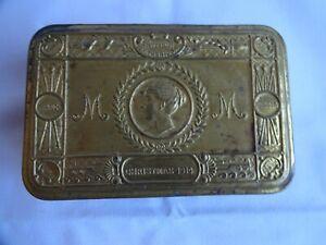 1914 WW1 Princess Mary CHRISTMAS TIN - Various Items Inside.