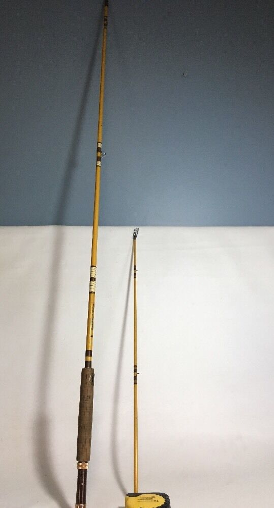 Vintage Eagle Claw Wright & McGill Fly Rod Deluxe 8.5 Ft Model M4A. 2 Piece