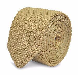 Ivoire-Skinny-Tricote-Cravate-avec-pointus-fin-par-Frederick-Thomas-ft2219