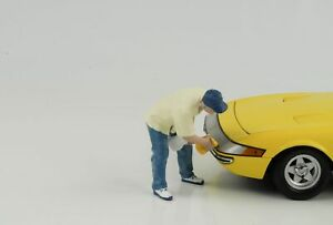 Figurine-Week-End-car-Show-Homme-Nettoie-1-18-American-Diorama-VI-N-Car