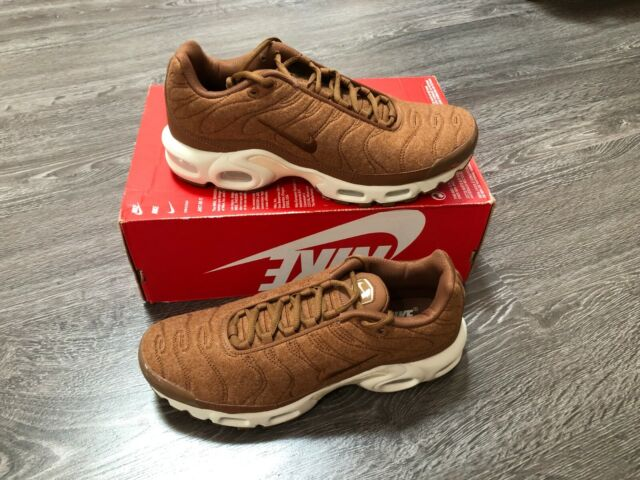 hot sale online 07ff3 6dd40 Nike Air Max Plus Quilted Mens 806262-200 Ale Brown Sail Running Shoes Size  8
