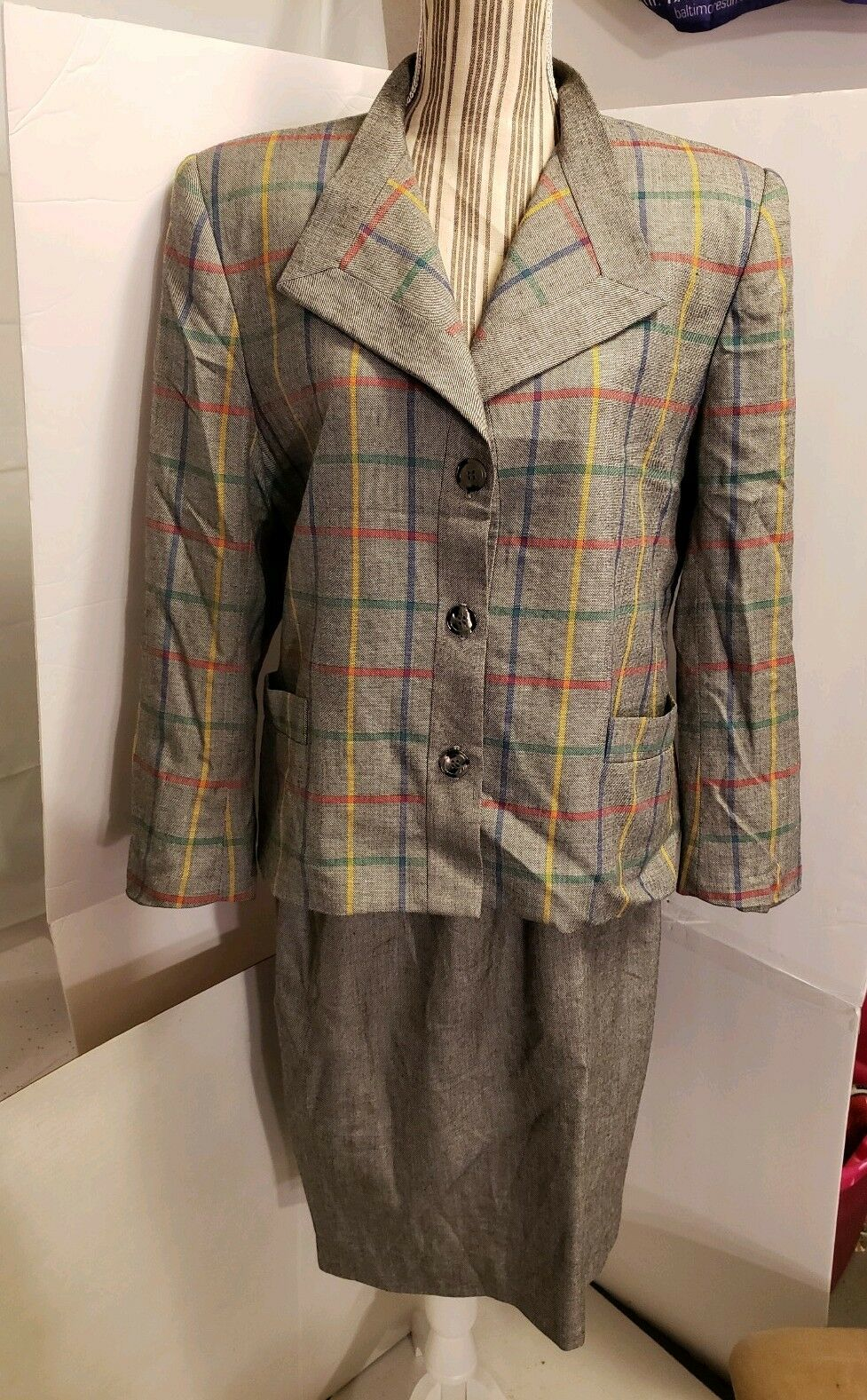 Jones New York Grey Skirt Suit Size 14