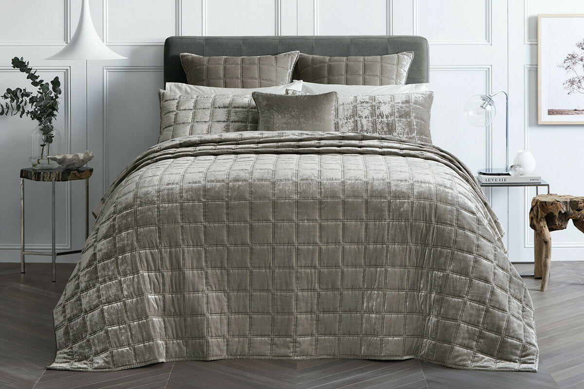 SHERIDAN Canfield Bed Cover Super King King   Queen Bed size in Twine