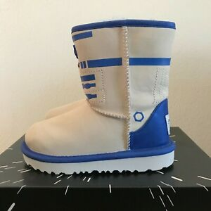 9d0a2f2c5bc UGG Toddler Boys Size 11 Classic II R2-D2 Boots Star Wars Leather ...