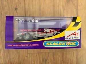 SCALEXTRIC-C2742-A1-Grand-Prix-Team-Canada