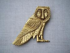 Vintage gorgeous gold tone metal owl brooch VMFA 1989 Lovely detailing