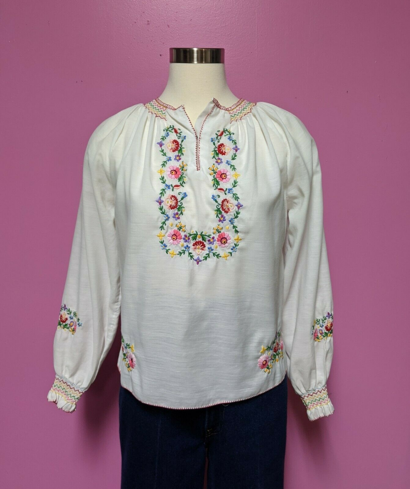 Hungarian Folk Embroidered Blouse/Size XS/S/Peasa… - image 7