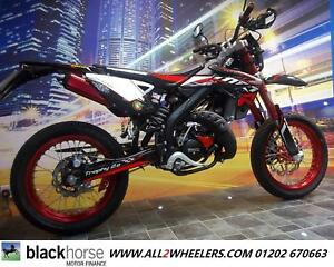 rieju mrt 50 cc sm trophy moped supermoto 50 cc motorcycle. Black Bedroom Furniture Sets. Home Design Ideas