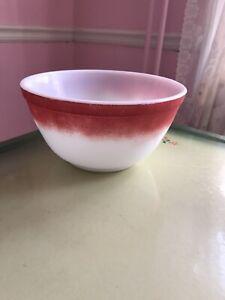 Vintage Pyrex Red & White Fade Gradient Bowl #402 1/2 QT MCM Retro