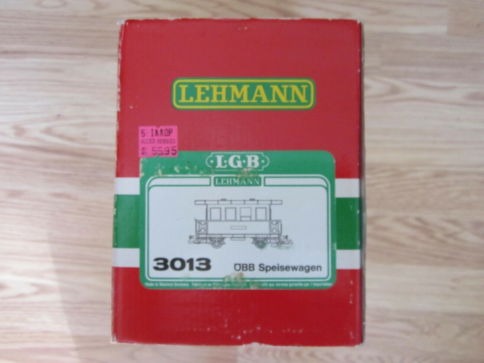 NEW   LGB  3013--LED LIGHTING--DINING CAR--MADE IN WESTERN GERMANY--G SCALE
