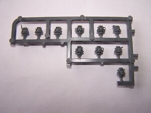 Adeptus-Mechanicus-Skitarii-Heads-sets-bits