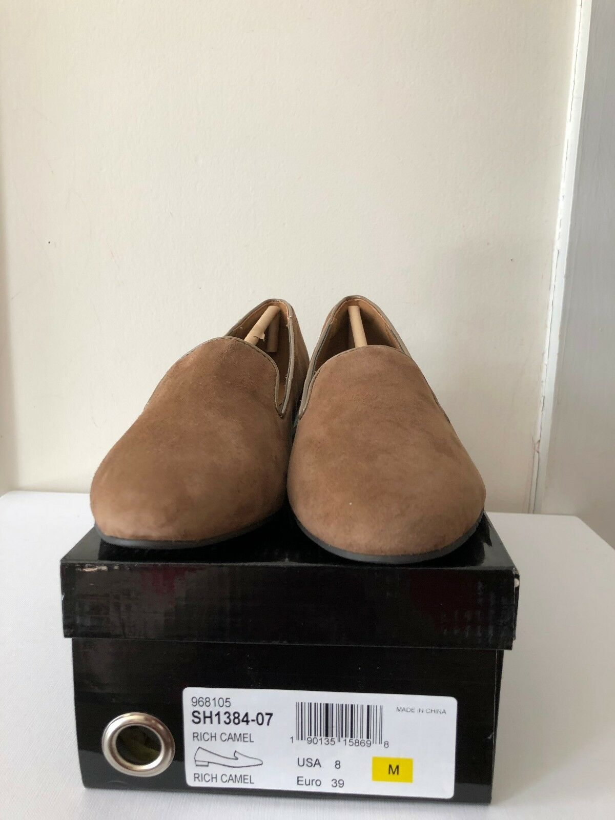 IMAN RICH CAMEL SUEDE FLATS 8M PADED FREE INSOLES PATENT LEATHER HEELS FREE PADED SHIPPING a6c3fa