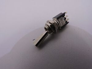 Alco-TT13D-7T1-4-5930-01-296-7556-aircraft-toggle-switch