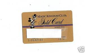 MAGIC-KINGDOM-CLUB-GOLD-CARD-WALT-DISNEY-WORLD-MICKEY-MOUSE