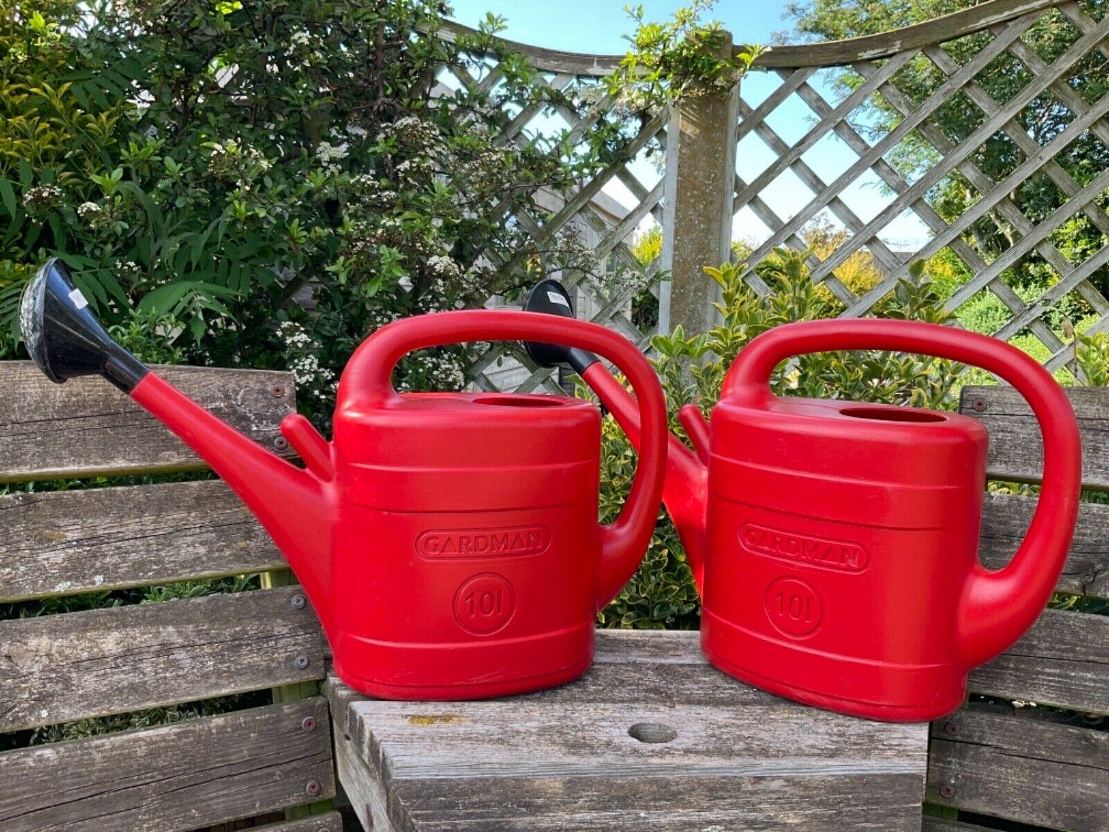 Gardman Red Watering Can Cans x 2 10 Litre + Rose on Each