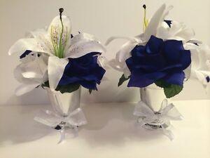 Идет загрузка изображения Horizon Royal Blue White Lily Centerpiece Silver Vase