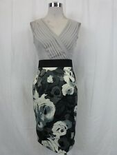 (NWOT NEW YORK & COMPANY FLORAL PRINT PLEATED V-WRAP SLEEVELESS DRESS sz M)