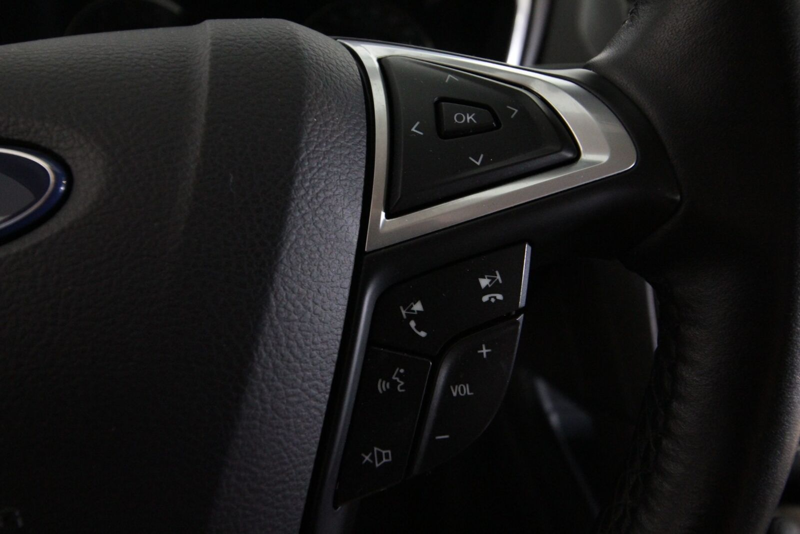 Ford Mondeo TDCi 180 Titanium stc.
