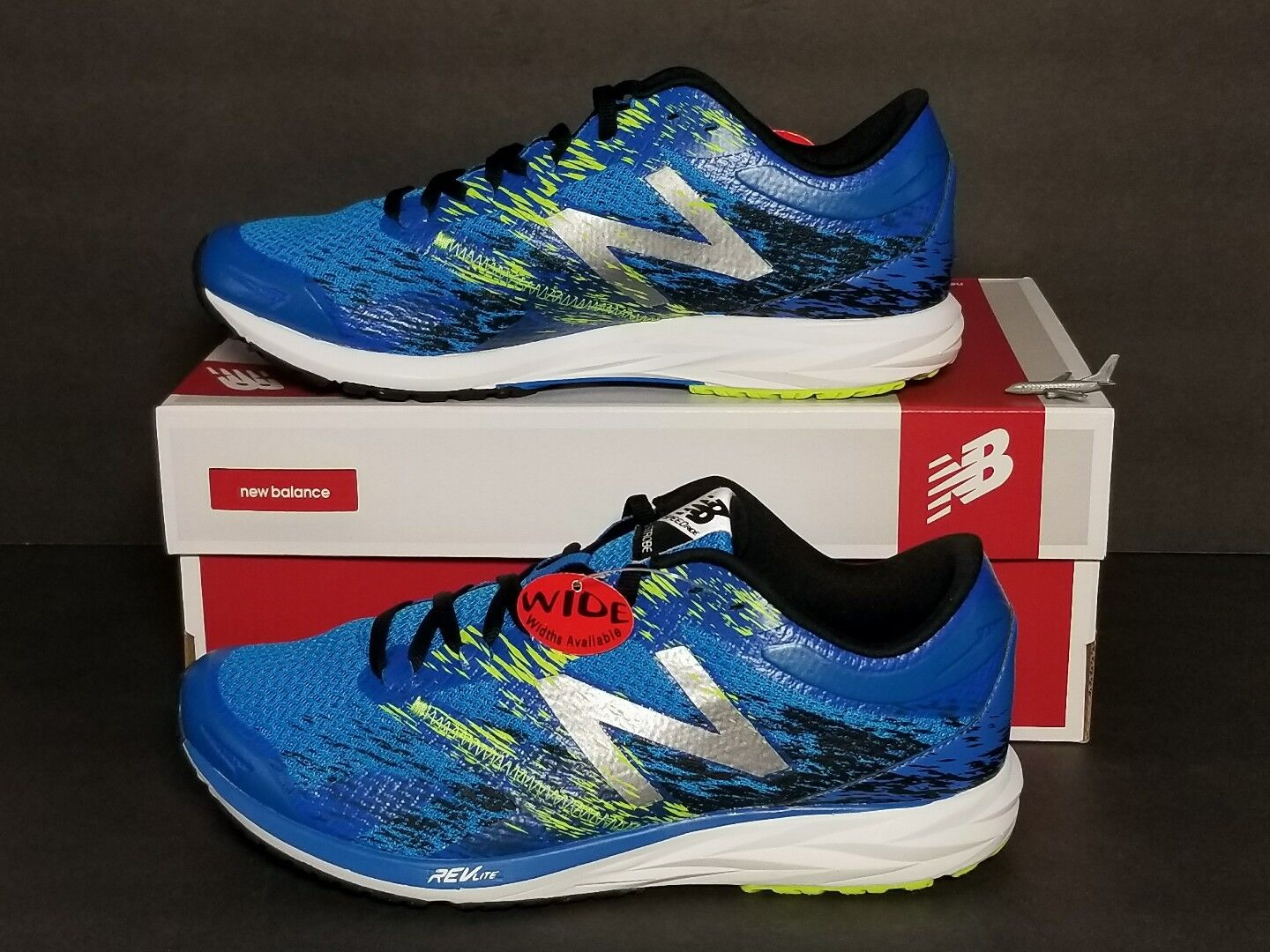 NEW BALANCE MEN'S   W I D E   RUNNING SHOES MULTIPLE SIZES  NEW   BOX  MSTROLE1