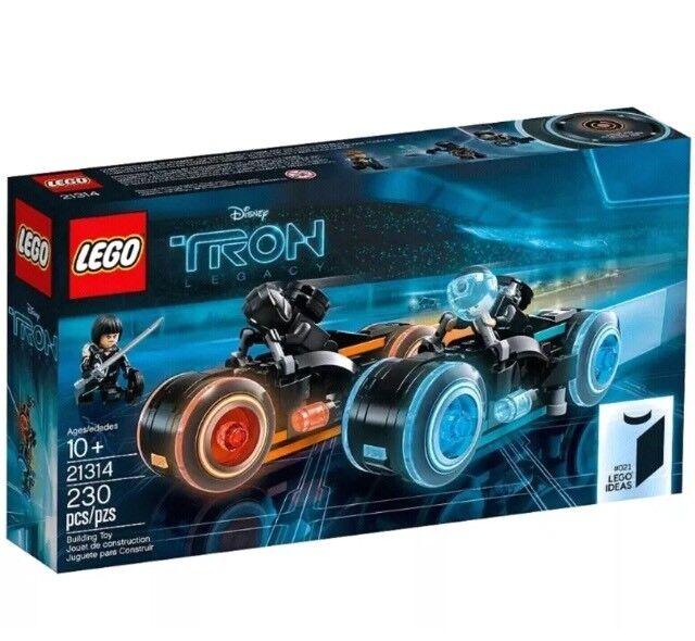 LEGO IDEAS 21314 Tron Legacy Set. Brand New. FREE P+P