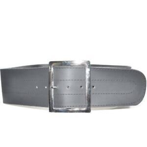 Cinturone nero in ecopelle con fibbia quadrata argento da poter mettere in vita