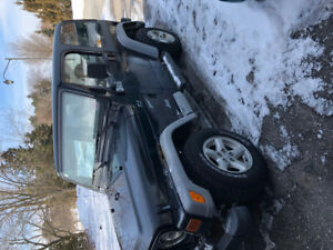 2002 Jeep tj only 200,000 KMS
