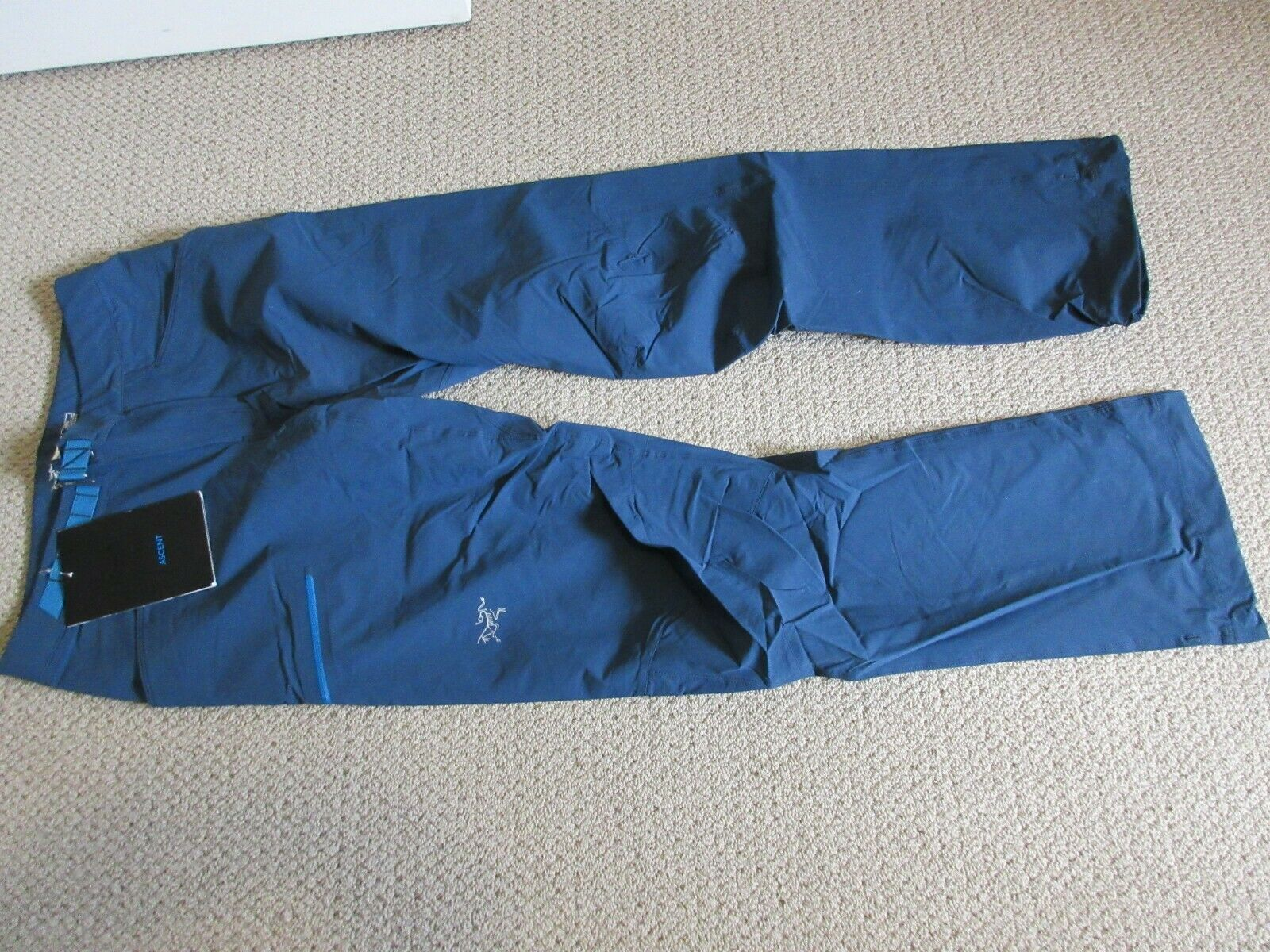 Mens New Arcteryx Psiphon SL Pants Size Small color bluee Moon