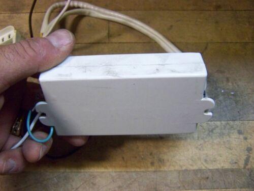 ES energy savings florescent driver 277 V ES-2-CFQ with compact bulb holder 2