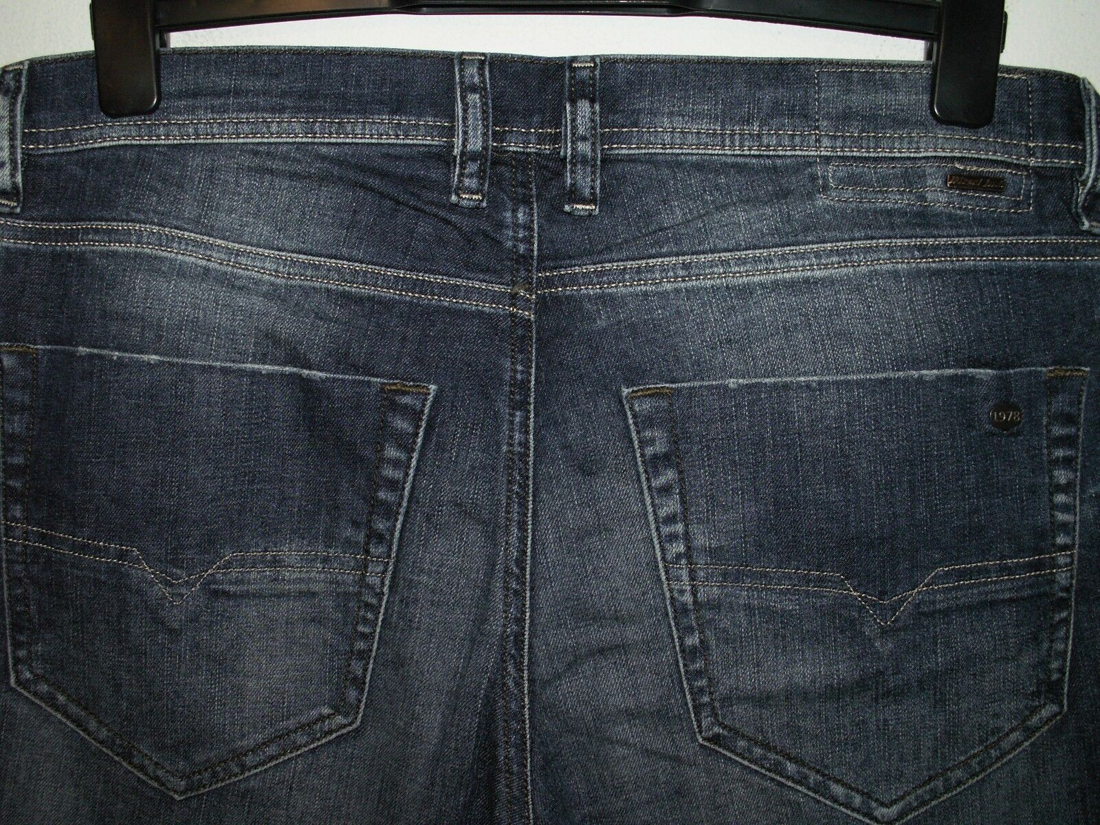 Diesel tepphar slim carrot fit fit fit jeans wash 0827I