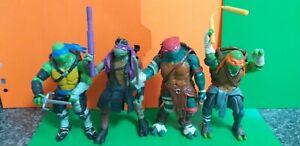 Teenage Ninja Tartarughe Mutanti Action Figure bundle con le armi di primaria importanza.