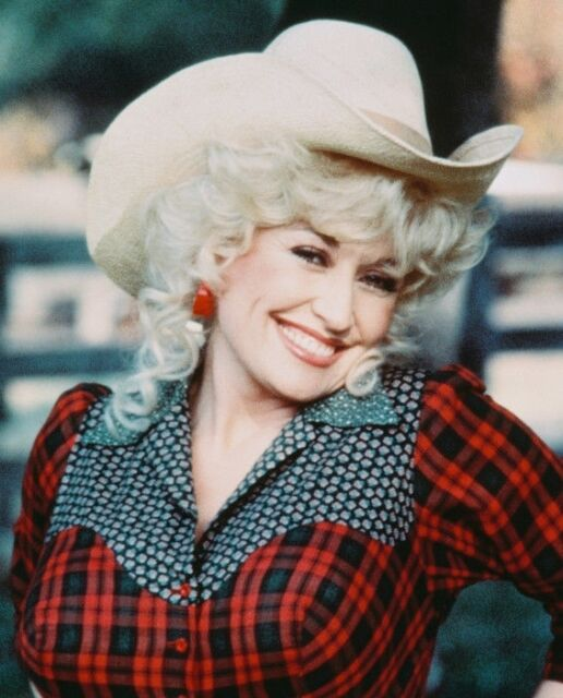 DOLLY PARTON COWGIRL NASHVILLE COUNTRY LEGEND 8X10 GLOSSY PHOTO PICTURE WOW