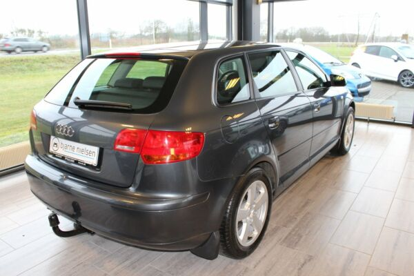 Audi A3 1,9 TDi Attraction SB - billede 1
