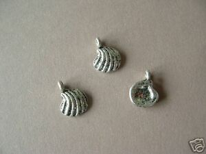 10-Chinese-Silvertone-Charms-Sea-Shell-AC2084
