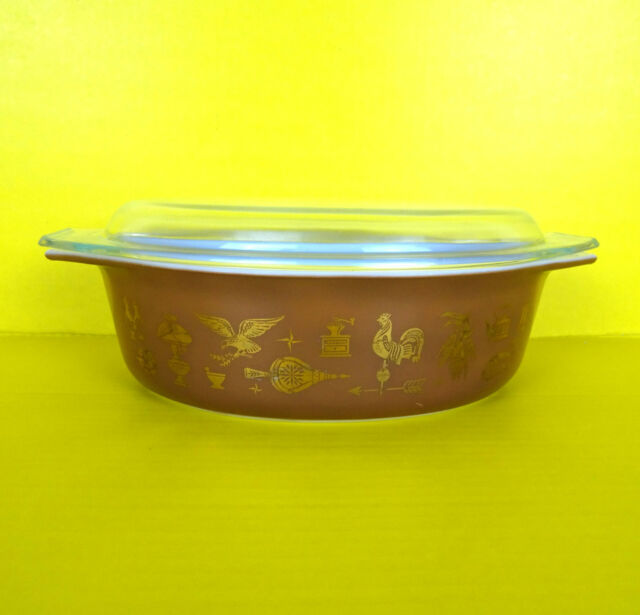 Vintage Pyrex 045 Early American Brown Gold Casserole Dish Oval Lid 2.5 QT