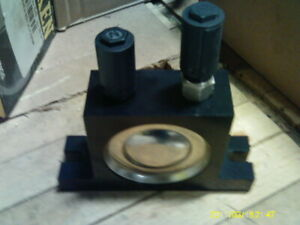 Martin-Vibration-Systems-amp-Solutions-NCB-10-Pneumatic-SANITARY-BALL-VIBRATOR
