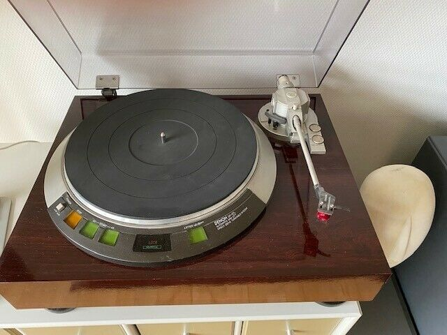 Stereoanlæg , Denon, DP-57L + S-301