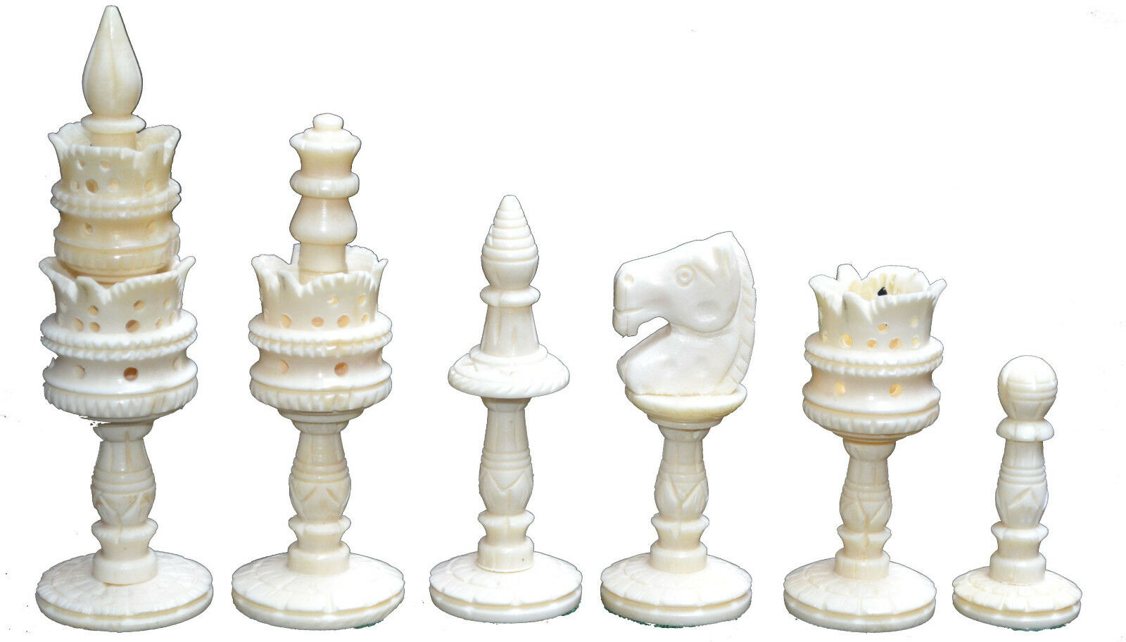 Christmas Gift Camel Bone Chess Set HANDCARVED KING 4  32 COLLECTIBLE Pcs