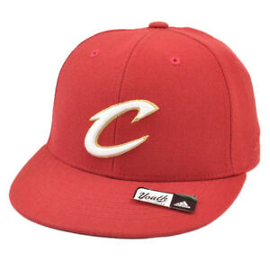 NBA Adidas Cleveland Cavaliers Cavs T552P Youth Flat Bill Fitted Hat ... e3fe0c55588