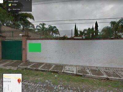 Casa con Amplia Terraza en Venta en Santa Paula