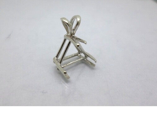 4mm - 16mm Trillion / Triangle Pre-Notched Sterling Silver Pendant Settings