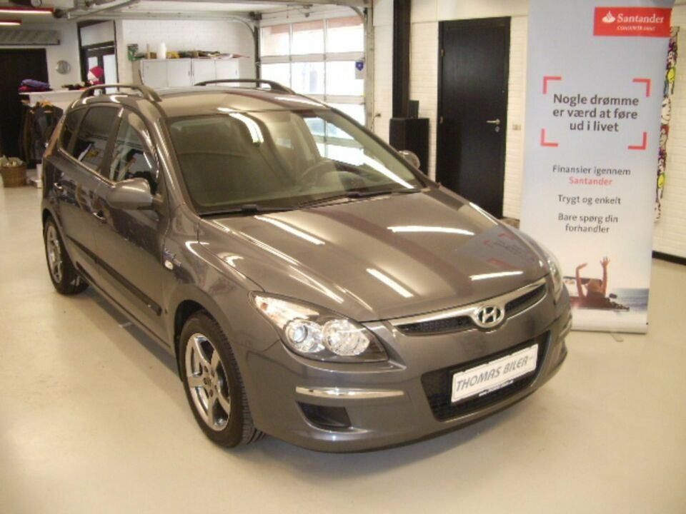 Hyundai i30 1,4 CVVT World Cup CW Benzin modelår 2010 km