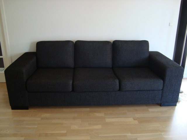 Sofa, stof, 3 pers., 3 personers antracit grå sofa med…