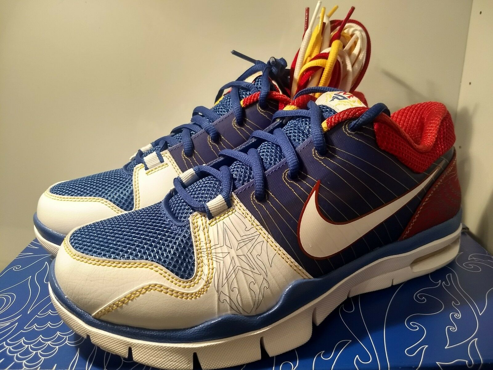 NIKE TRAINER 1 LOW  MANNY PACQUIAO  size 8 2009  year of the dog   philippines